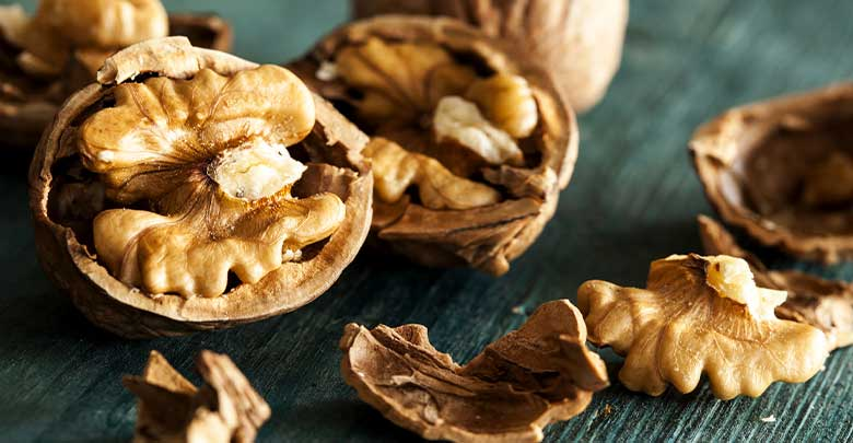 Walnuts are a good food for arthritis joints as they are rich in Omega 3